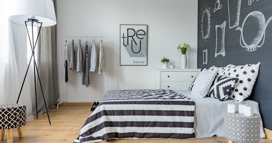der neueste trend richte dein schlafzimmer minimalistisch ein. Black Bedroom Furniture Sets. Home Design Ideas