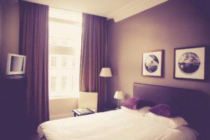 Tolle Farbideen Für Das Schlafzimmer Sind Erdtöne Für Eine Reduzierte  Wirkung