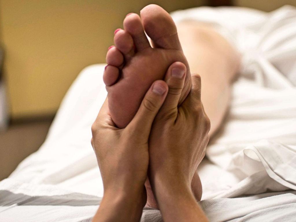 poloch massage einen runtergeholt bekommen