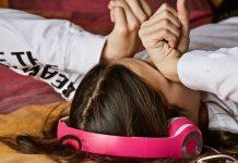 Zucken im Schlaf: Ursachen und Tipps gegen Zuckungen im Schlaf