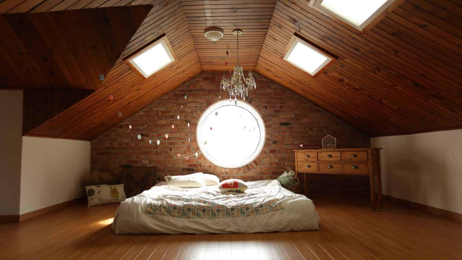 Mit Den Richtigen Dekorationen, Kann Jedes Schlafzimmer Romantisch  Eingerichtet Werden