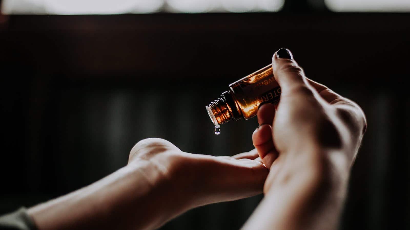 13 ätherische Öle gegen Schnarchen - Heilmittel und wie sie funktionieren