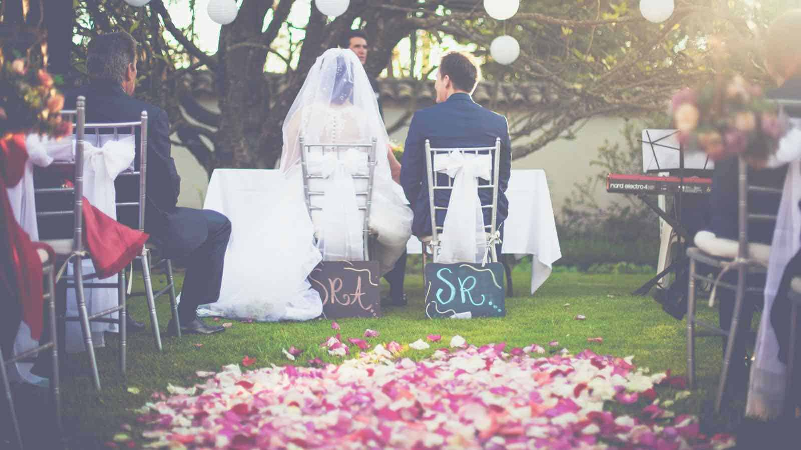 Glückwünsche zur Hochzeit- Die 258+ besten Hochzeitssprüche