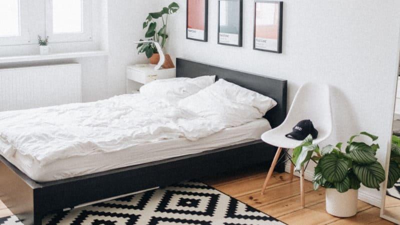Zu heiß zum schlafen? So bleibst du cool im Bett