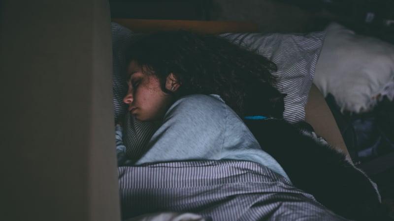 Benutze dieses Militärgeheimnis für das Einschlafen in zwei Minuten