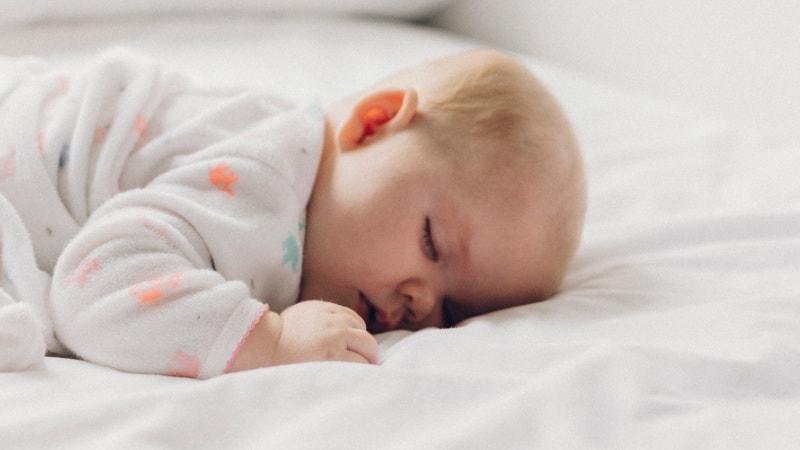 Babybett im Schlafzimmer: Gute Baby Schlafumgebung? Ja oder ...