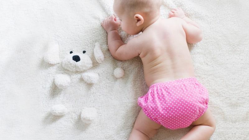 Babybett im Schlafzimmer: Gute Baby Schlafumgebung? Ja oder Nein?