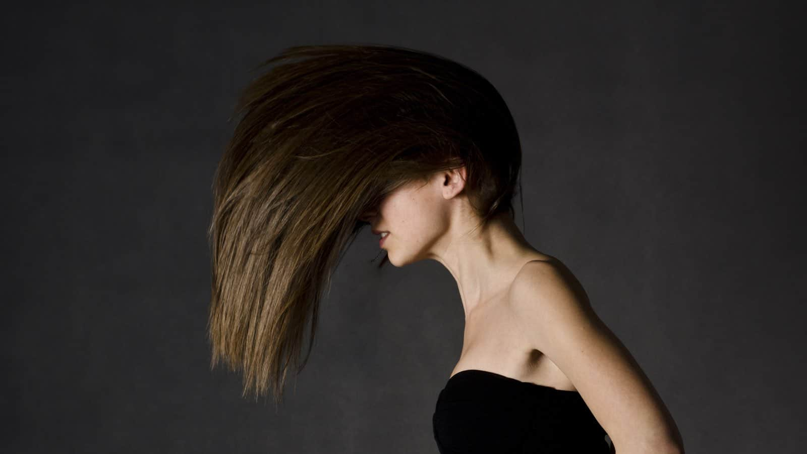 Teebaumöl für die Haare- Gesunde Haare und weitere Vorteile