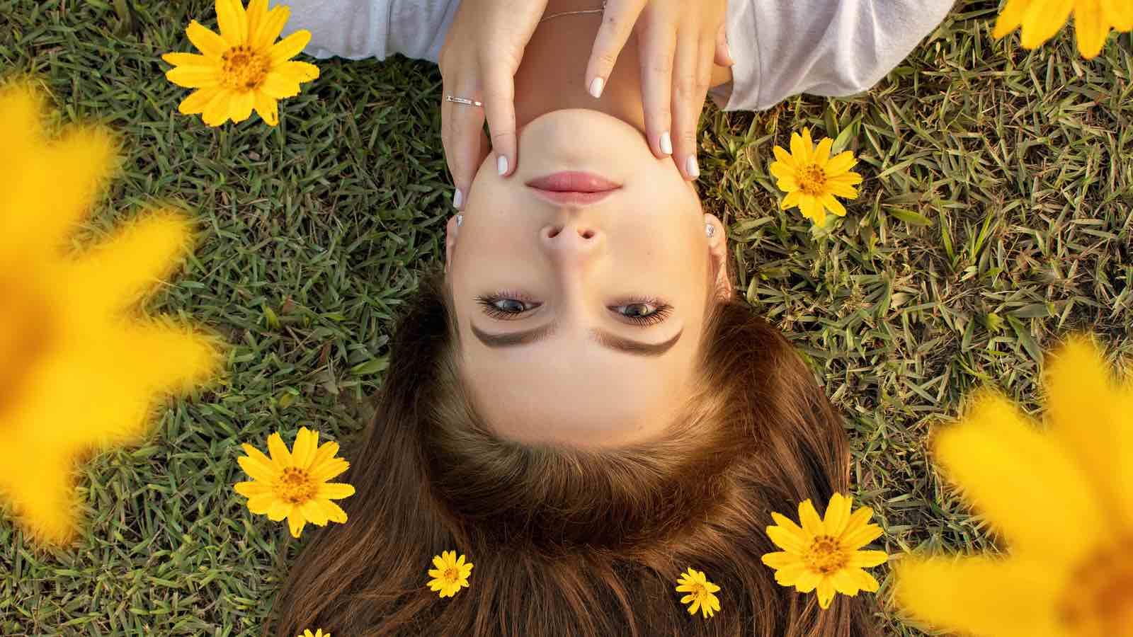 6 einfache Wege, um Haarausfall im Sommer zu reduzieren