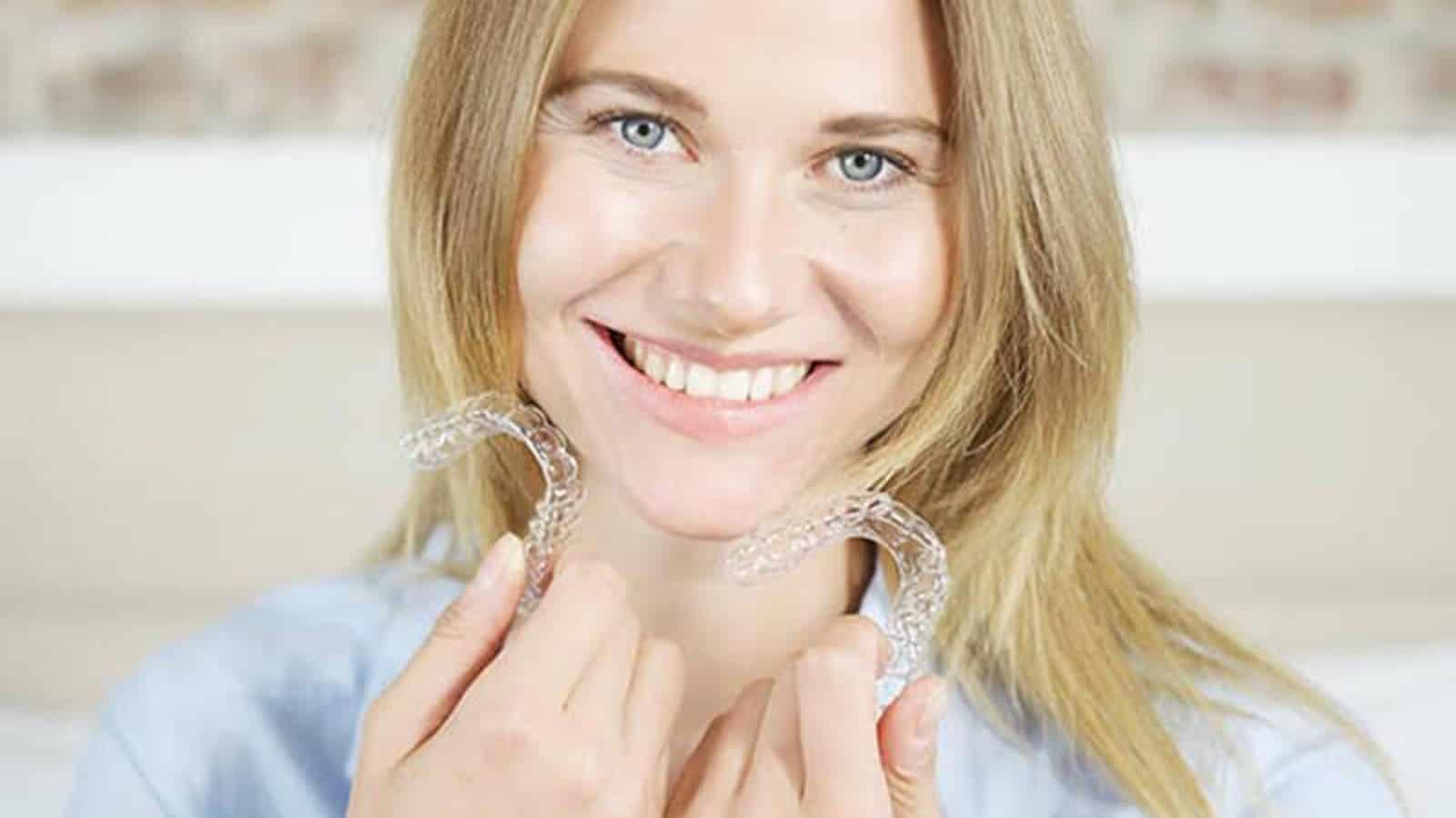 Dietransparente Zahnschiene- Vorteile der unsichtbaren Zahnbegradigung