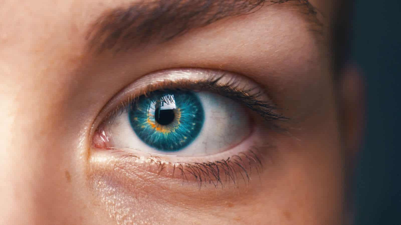 Pickel am Auge- So kannst du ihn entfernen!