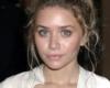 Messy Bun Frisur für runde Gesichter von Ashley Olsen