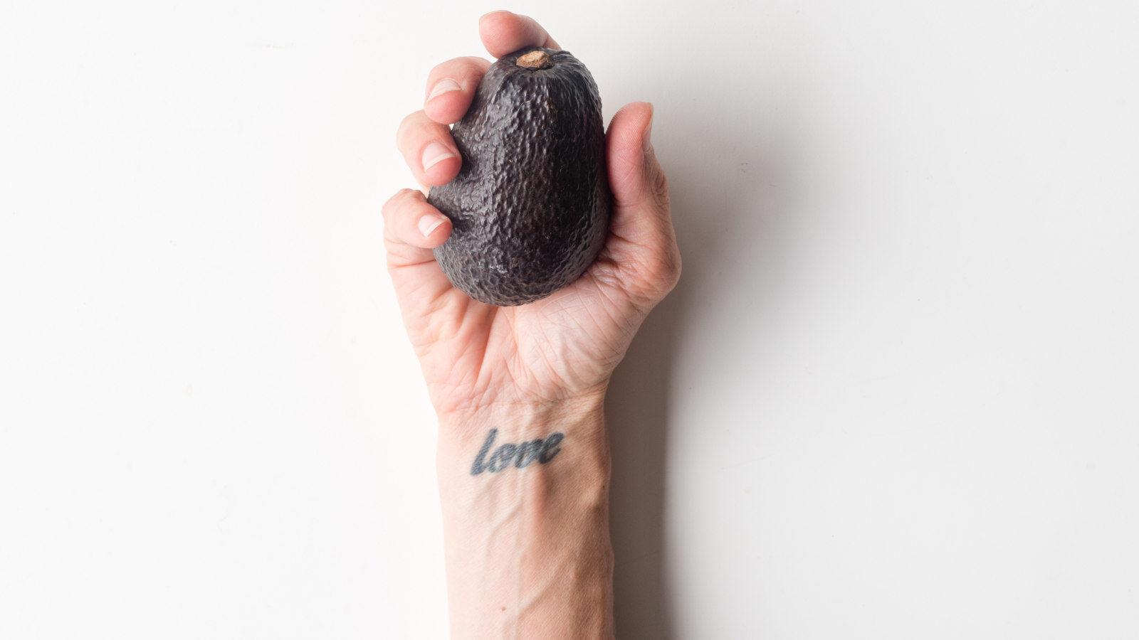 Handgelenk Tattoo Schmerzen