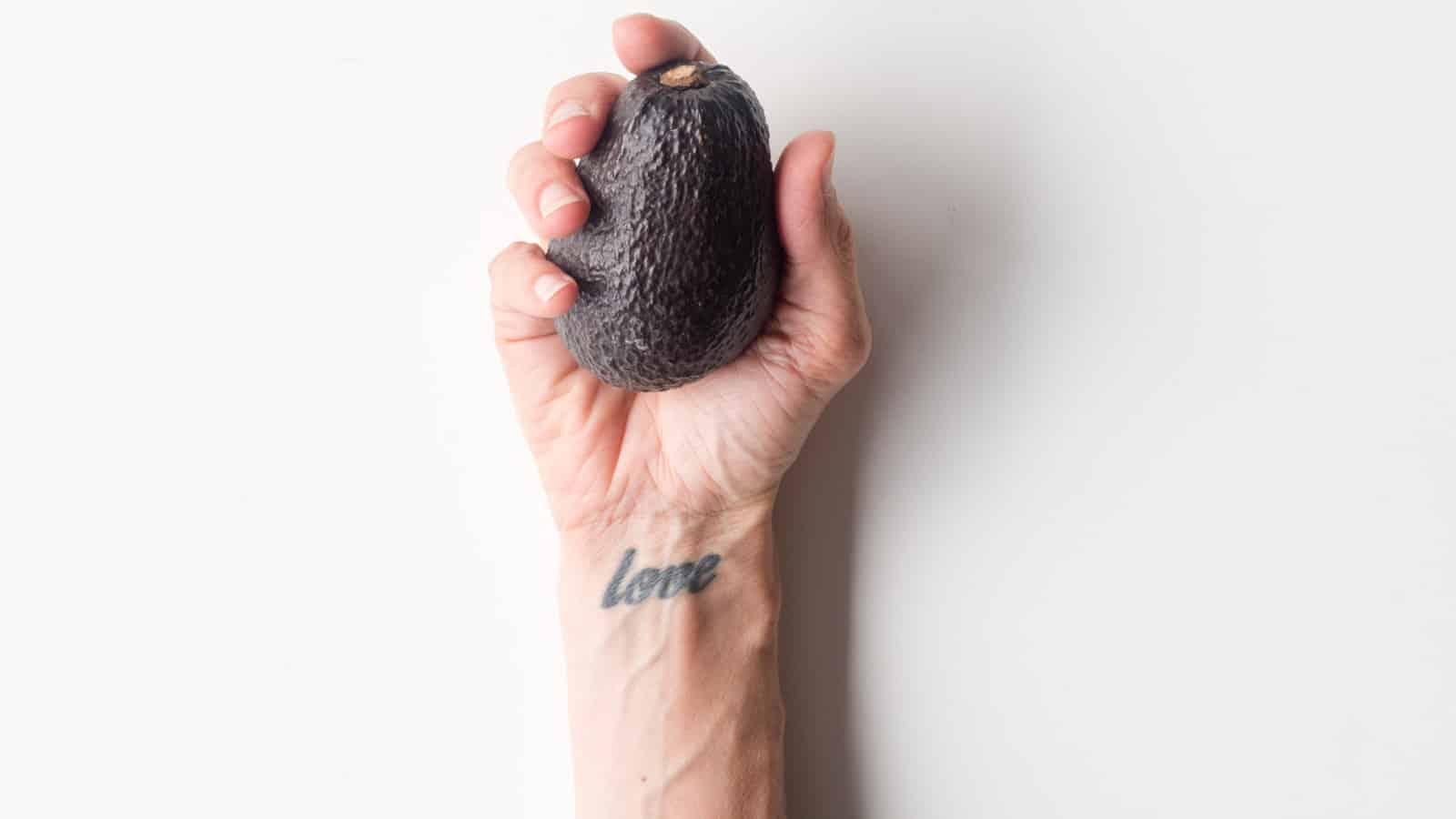 Tattoo am Handgelenk- Die Kosten, tolle Motive & mögliche Gefahren