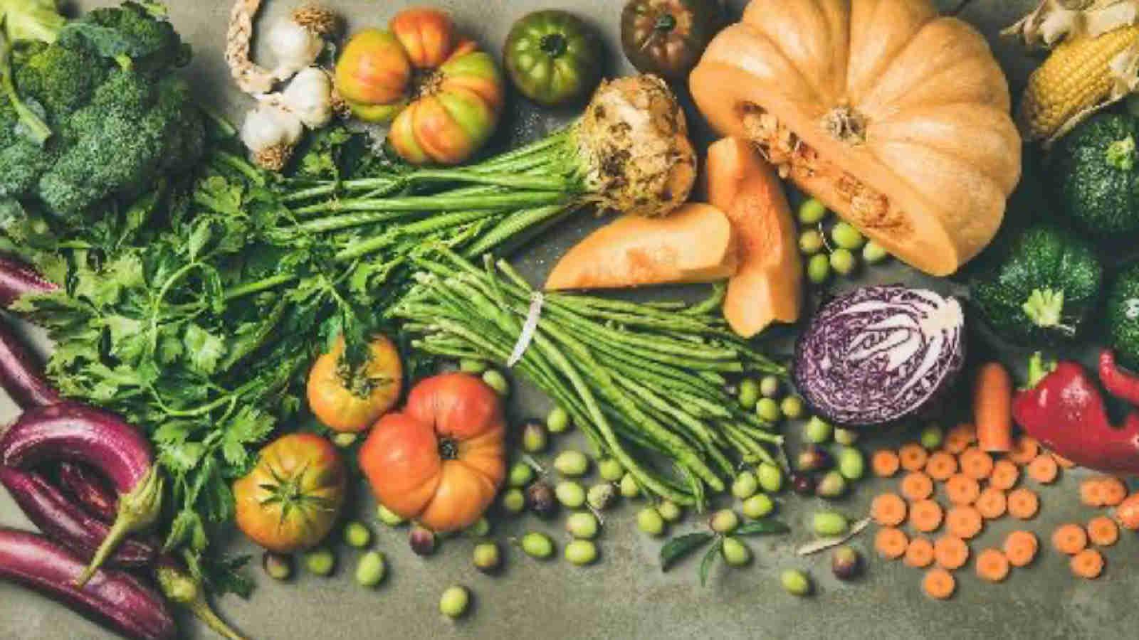 Gesund, kalorienarm – und lecker- Das Aufgebot von Herbst und Winter gegen Fettpölsterchen. | Bildnachweis: Adobe Stock @ sonyakamoz